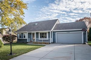 Photo of N58W24467 Clover Dr, Sussex, WI 53089 (MLS # 1665112)