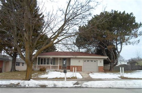 Photo of 1618 Greenfield Ave, Sheboygan, WI 53081 (MLS # 1879115)
