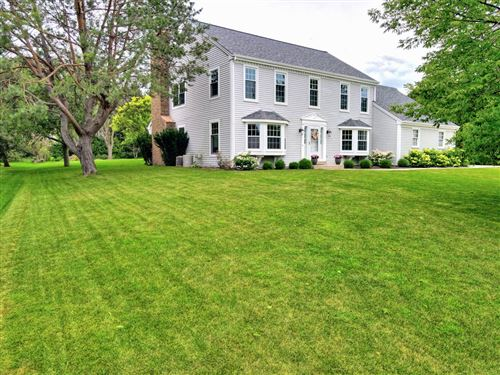 Photo of 12629 N Park Dr, Mequon, WI 53092 (MLS # 1702118)