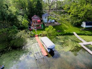 Photo of 5407 Scenery DR, Waterford, WI 53185 (MLS # 1639120)