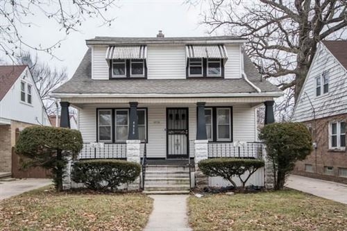 Photo of 4930 N 19th St, Milwaukee, WI 53209 (MLS # 1674120)