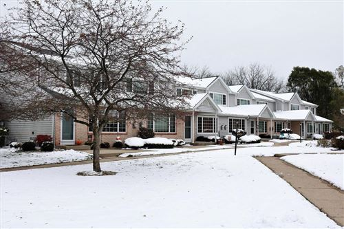 Photo of 10027 W Whitnall Edge Dr #E, Franklin, WI 53132 (MLS # 1668122)