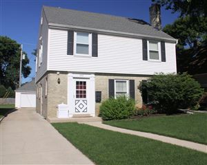 Photo of 2335 N 89th St, Wauwatosa, WI 53226 (MLS # 1659124)