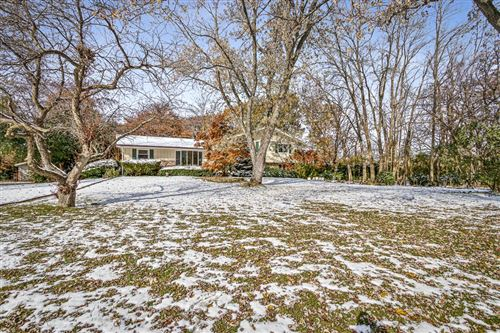 Photo of 6301 S 116th St, Franklin, WI 53132 (MLS # 1668124)