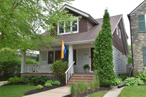Photo of 1827 E Beverly Rd, Shorewood, WI 53211 (MLS # 1693125)