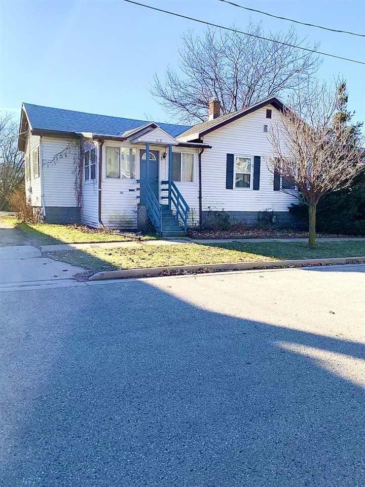 218 W FOLLETT STREET, Fond du Lac, WI 54935 - MLS#: 50233125