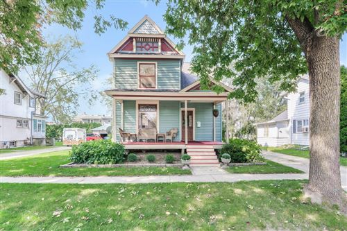 Photo of 118 N Lincoln St, Elkhorn, WI 53121 (MLS # 1711133)