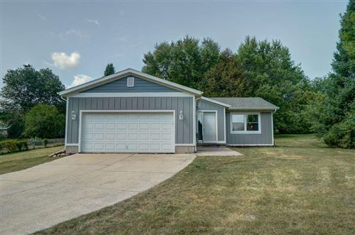 Photo of 4537 Baxter Rd, Cottage Grove, WI 53527 (MLS # 1892133)