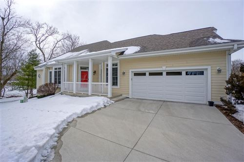 Photo of N63W23955 Terrace Dr, Sussex, WI 53089 (MLS # 1678134)