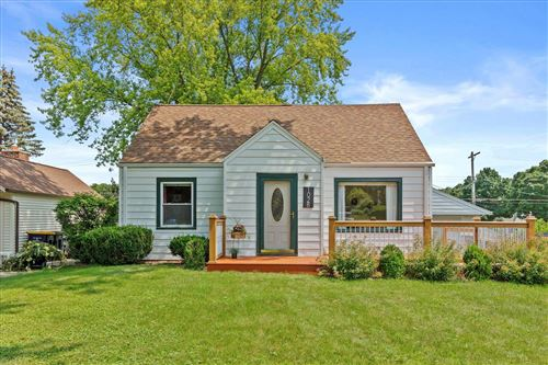 Photo of 1028 S 124th St, West Allis, WI 53214 (MLS # 1753134)