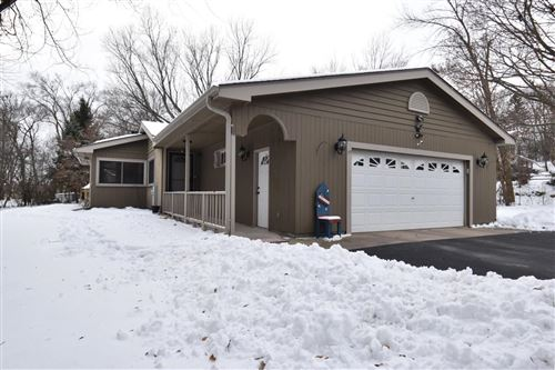 Photo of 17905 Anthony Ln, Brookfield, WI 53045 (MLS # 1674135)