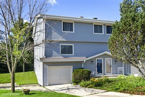 Photo of 939 Cedar Ct, Port Washington, WI 53074 (MLS # 1707135)