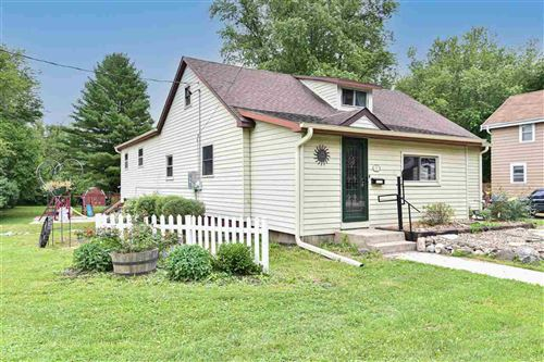 Photo of 830 N Main St, Fort Atkinson, WI 53538 (MLS # 1914139)