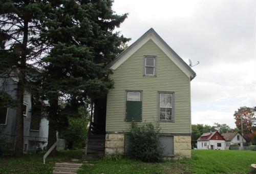 Photo of 2572 N Teutonia Ave, Milwaukee, WI 53206 (MLS # 1723143)