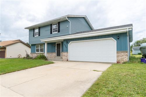 Photo of 9998 S Hillview Ave, Oak Creek, WI 53154 (MLS # 1707144)