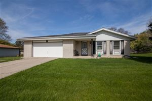 Photo of W233N6025 Lilac DR, Sussex, WI 53089 (MLS # 1637146)