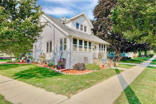 Photo of 714 W Cady St, Watertown, WI 53094 (MLS # 1892152)