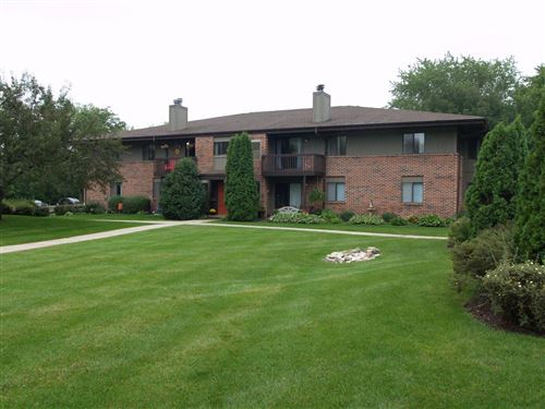 Photo of 358 Park Hill Dr #H, Pewaukee, WI 53072 (MLS # 1710153)