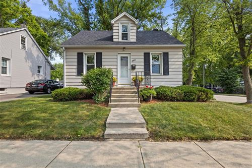 Photo of 4400 Victory Ave, Racine, WI 53405 (MLS # 1754153)