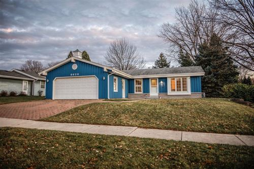 Photo of 8620 S Sharon Dr, Oak Creek, WI 53154 (MLS # 1719158)