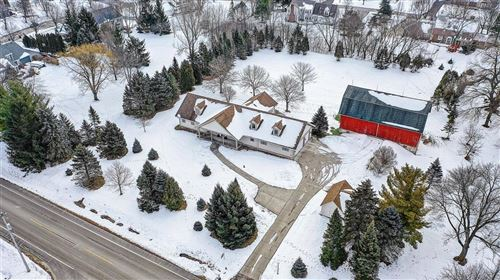 Photo of 337 W Donges Bay Rd, Mequon, WI 53092 (MLS # 1724159)