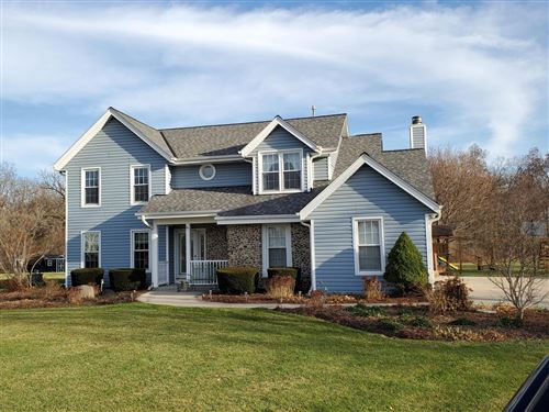 Photo of 36595 Country Cove Ct, Summit, WI 53066 (MLS # 1719161)