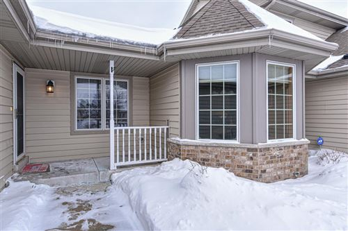 Photo of 617 Annecy Park Cir, Waterford, WI 53185 (MLS # 1726163)