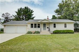 Photo of 425 Memorial Dr, Fort Atkinson, WI 53538 (MLS # 1862163)