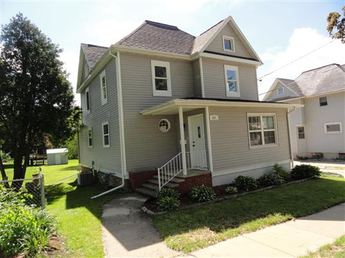 Photo of 407 S Lincoln Ave, Beaver Dam, WI 53916 (MLS # 1693164)