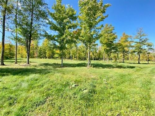 Photo of 315 W COURT ST, ELKHORN, WI 53121 (MLS # 1558177)