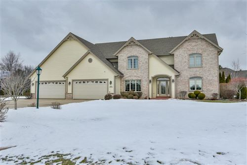 Photo of 301 S Emerald Dr, Mount Pleasant, WI 53406 (MLS # 1676177)