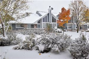 Photo of 14311 W Waterford Square Dr, New Berlin, WI 53151 (MLS # 1666181)