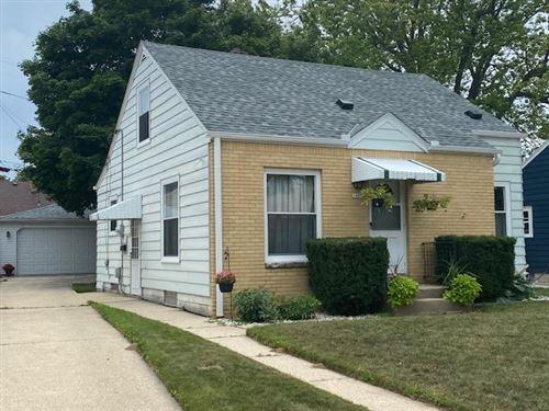 Photo of 1409 E Crawford Ave, Milwaukee, WI 53207 (MLS # 1754181)