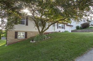 Photo of 900 Squire Ln, West Bend, WI 53090 (MLS # 1648184)