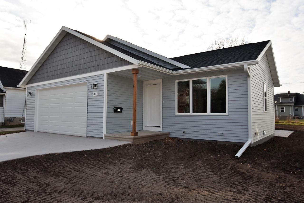 1011 WISCONSIN AVENUE, North Fond du Lac, WI 53937 - MLS#: 50244184