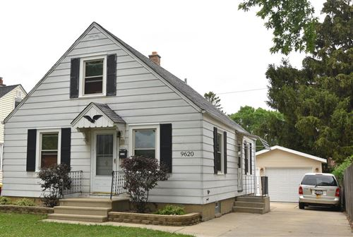 Photo of 9620 W Lincoln Ave, West Allis, WI 53227 (MLS # 1752185)