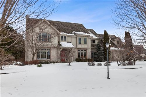 Photo of 10645 N Wood Crest Dr, Mequon, WI 53092 (MLS # 1674186)