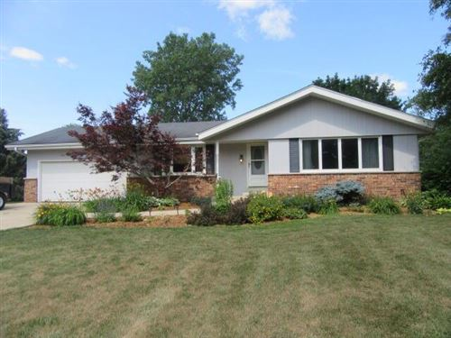 Photo of 31508 Hickory Hollow Rd, Waterford, WI 53185 (MLS # 1750187)