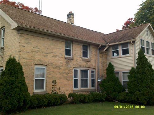 Photo of 136 N Dewey Ave, Jefferson, WI 53549 (MLS # 1727188)