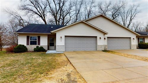 Photo of 630 Riverview Ct, Jefferson, WI 53549 (MLS # 1732188)