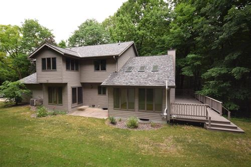 Photo of 111 Forest View Dr, Slinger, WI 53086 (MLS # 1747190)