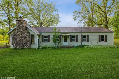 Photo of 280 HIGH FOREST DR, CEDARBURG, WI 53012 (MLS # 1558191)