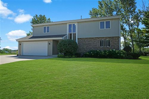 Photo of 1371 Maple Ct, Port Washington, WI 53074 (MLS # 1708191)