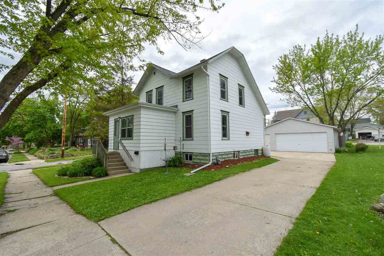 1100 Garden Ave, Stoughton, WI 53589 - MLS#: 1884191