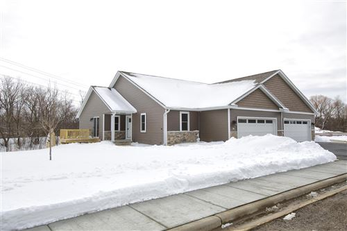 Photo of 417 Trailview Crossing #1, Waterford, WI 53185 (MLS # 1726192)