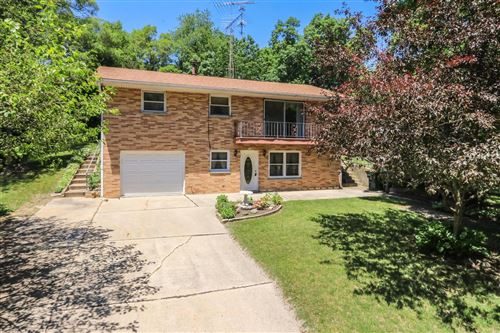 Photo of 941 Bayview Ave, Twin Lakes, WI 53181 (MLS # 1696197)