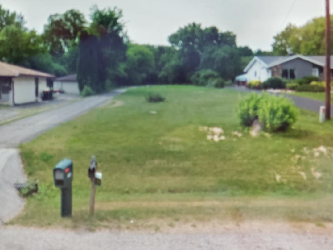 Photo of 4013 W Parkland Ave, Brown Deer, WI 53209 (MLS # 1768197)