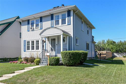 Photo of 3717 S 56th St, Greenfield, WI 53220 (MLS # 1708198)