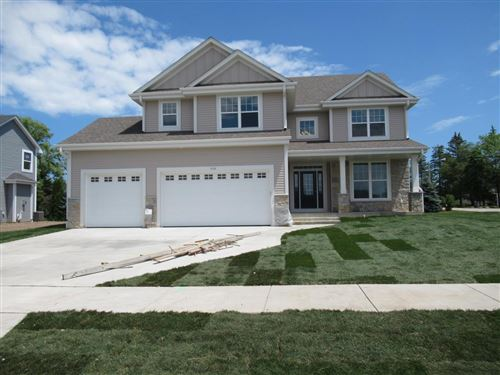 Photo of 9398 S Arbor Creek Dr, Oak Creek, WI 53154 (MLS # 1719199)