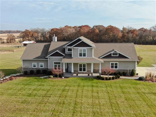 Photo of 4135 Hillcrest Rd, Waterford, WI 53185 (MLS # 1669201)